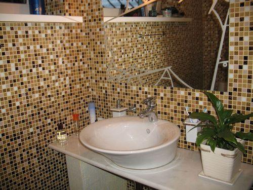 Мозаичный материал для отделки ванной
