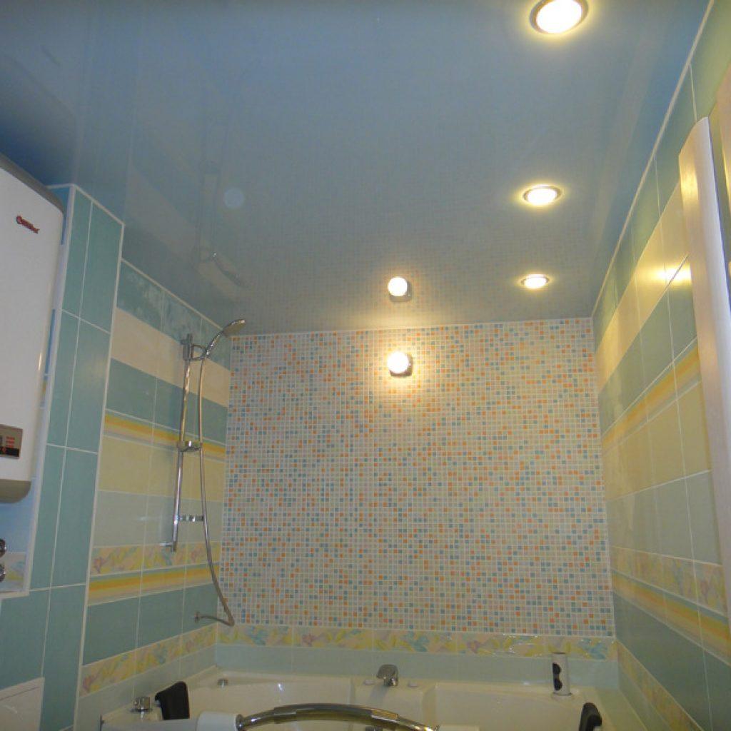 Какой потолок сделать в ванной комнате? Примеры с фото 5