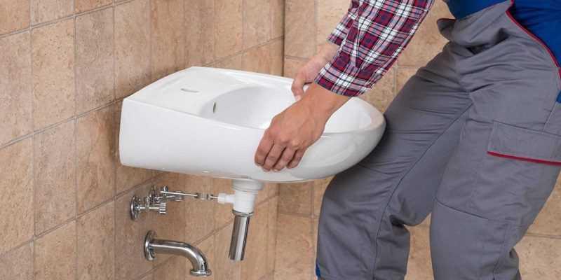 Установка раковины в ванной комнате