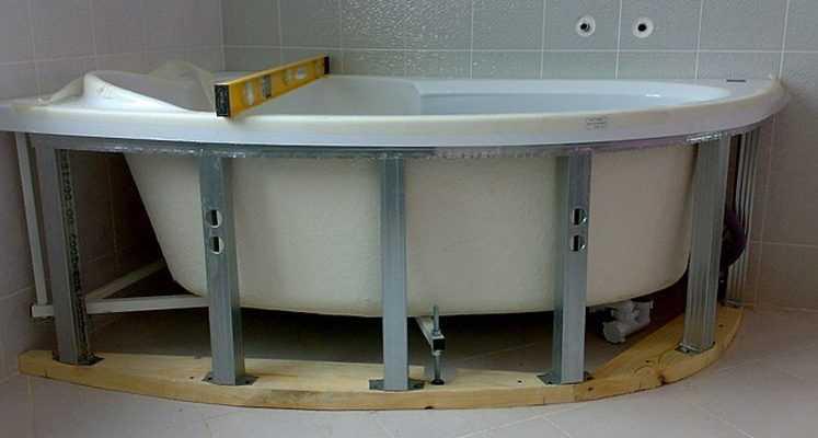 Как закрепить ванну